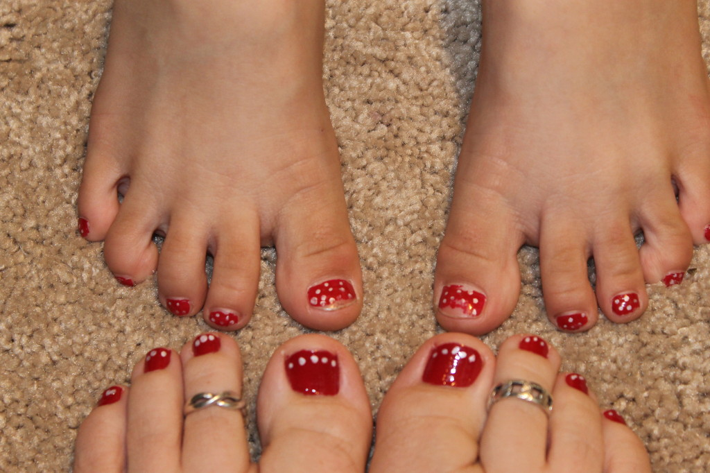 Holiday Toes