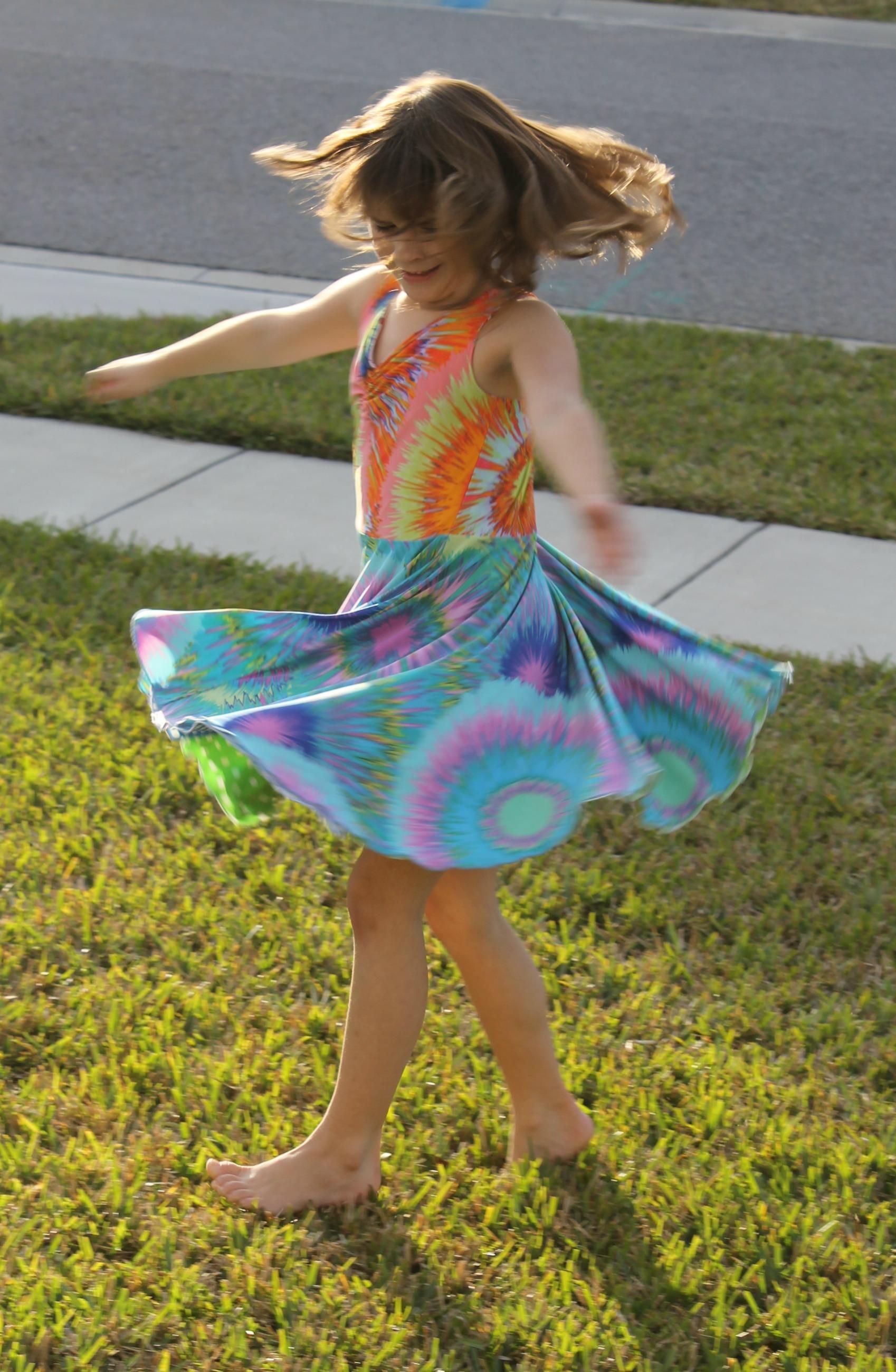 9a7c7f517 TwirlyGirl Dress Review
