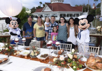 """Find out why these two families from Lemoore, Calif. and Roanoke, Va. are enjoying a Thanksgiving feast with """"Good Morning America"""" correspondent Melissa Rycroft on """"Good Morning America"""" Thanksgiving morning. (Todd Anderson, photographer)"""