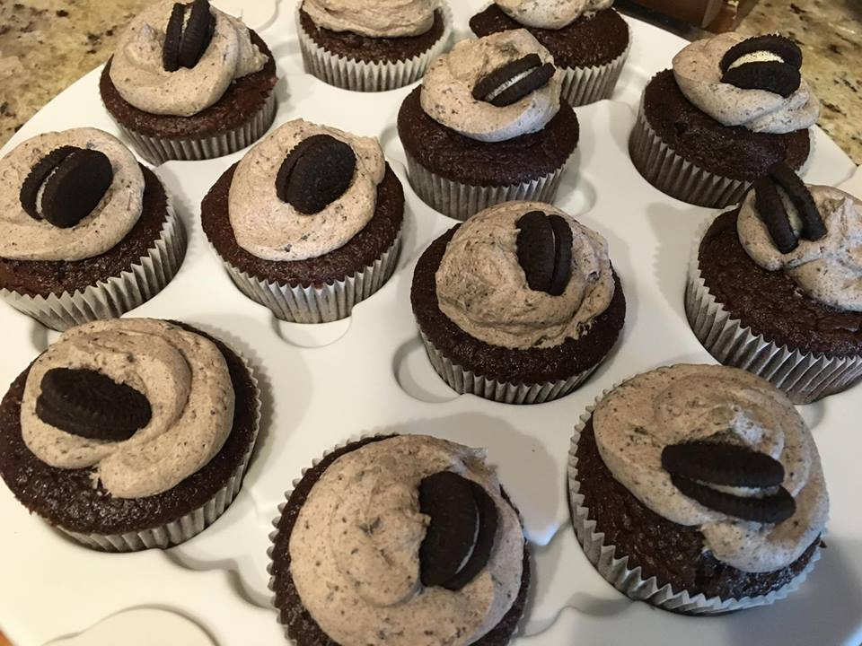 Easy Oreo Cupcakes