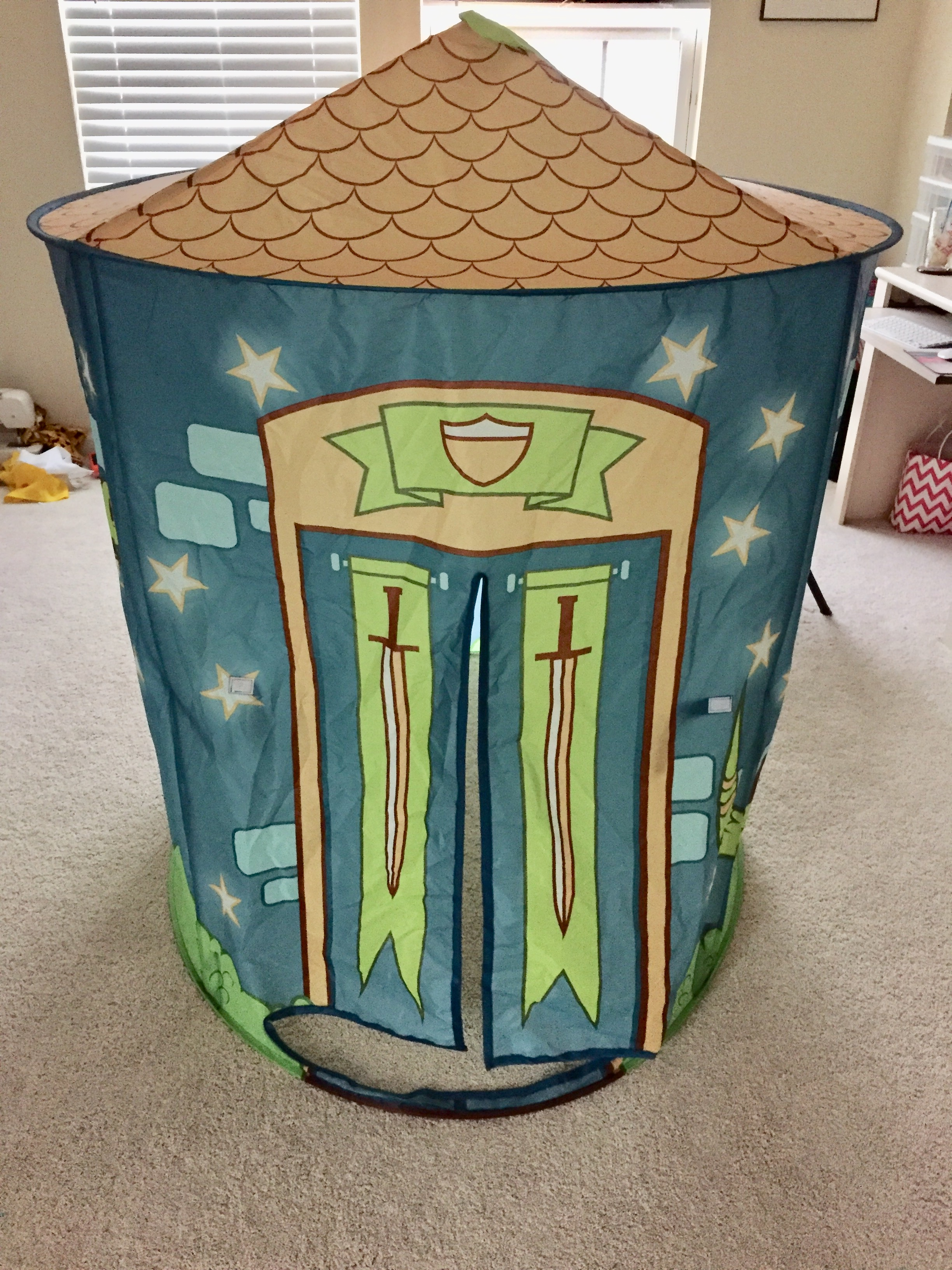 When you receive the play tent you must assemble. It is pretty easy to do yourself but for me it was easier when my husband was able to help. & Twinkle Play Tents Review